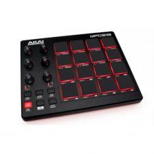 AKAI MPD218 CONTROLLER